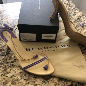 Burberry London tie/tassel sandal size 40 OBO